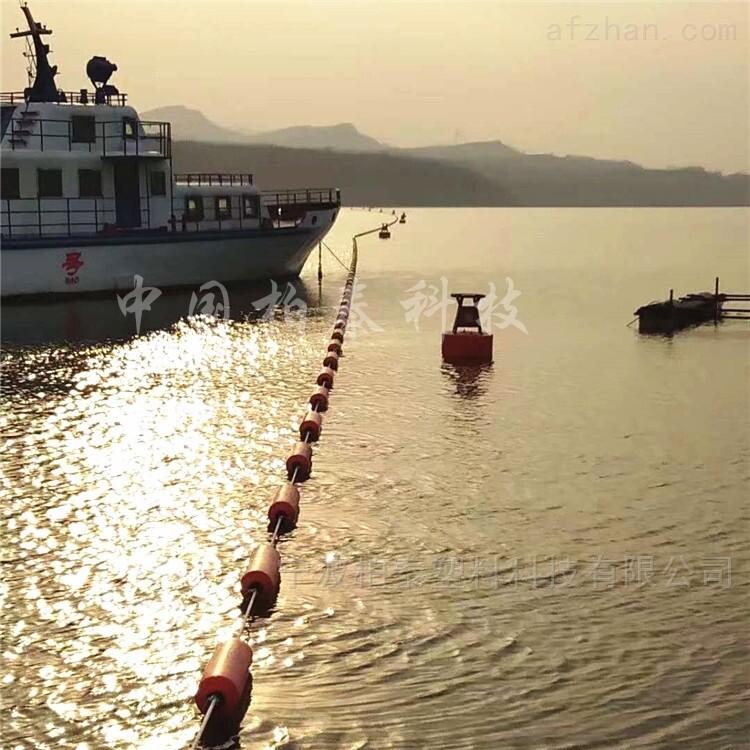 长江部分航道封航警示浮筒