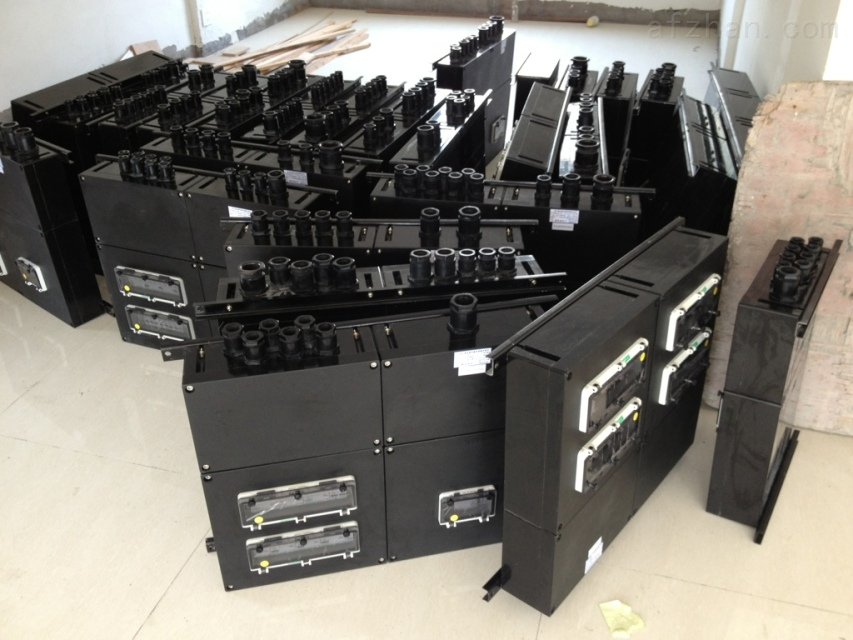 工程塑料三防照明配电箱