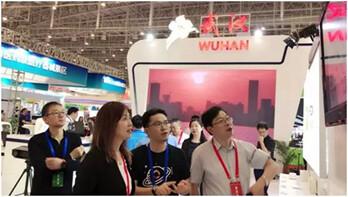 """烽火通信︰MIFON智慧家庭秒速赛车app下载走進""""廣廈之門"""""""