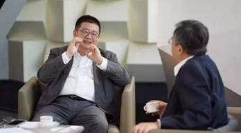 海康威视高级副总裁徐习明做客《超级智能》 对话龚克